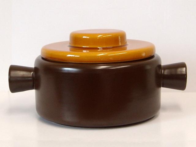 ビンテージ陶器キャセロール