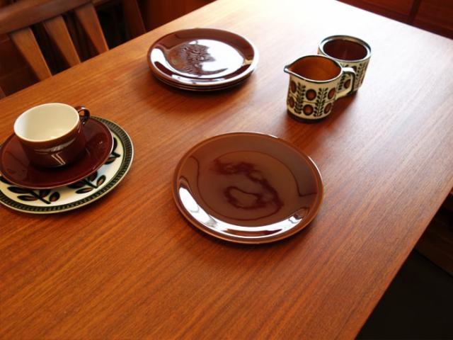 ビレロイ&ボッホ アンティーク食器 ブラウン