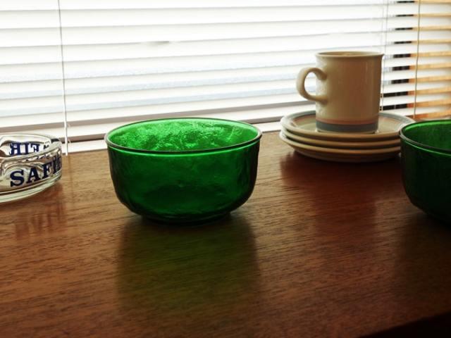フランスヴィンテージ・グリーンガラスのボウル