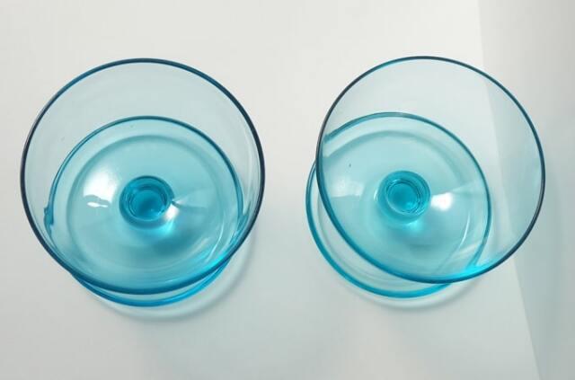 ライトブルーのガラス器 ヴィンテージ食器