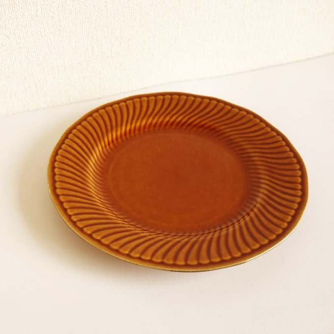 アンティークBOCHデザート皿 ブラウン