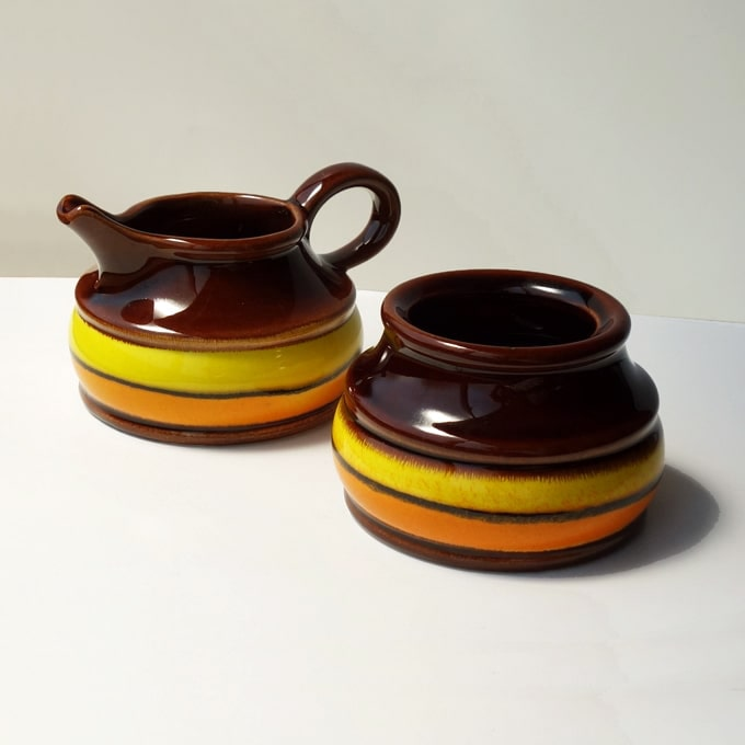 ドイツ製ビンテージ陶器ミルク&シュガーポット