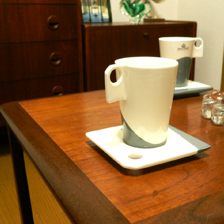 tw0175 Royal Boch(ロイヤルボッホ)のカップ&ソーサー2客セット *amber design*北欧中古家具やビンテージ雑貨等のインテリア通販