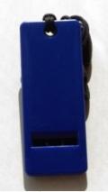 【防災笛】携帯に便利 鞄に入れても邪魔にならない 薄くて軽量 フラットホイッスル ペンダントタイプ ブルー ギフトや記念品に最適!