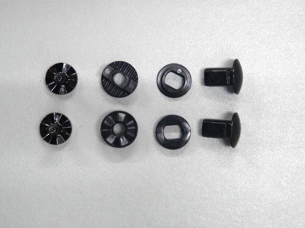 ハイバックローテーションスクリュー*18/19以降のモデル(L40811500) カラー:Black サイズ:共通