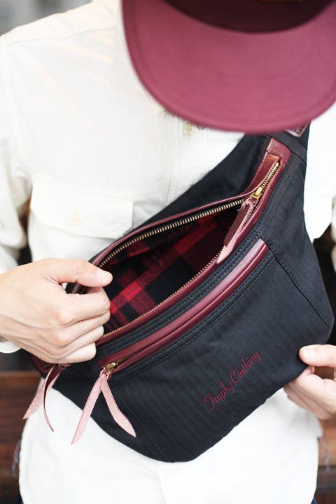 TROPHY CLOTHING × AMERICAN WANNABE  「Day Trip Bag AW LIMITED」  ショルダーバッグ