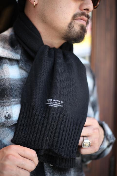 TROPHY CLOTHING/トロフィークロージング  「Watchman Knit Muff」  ニットマフラー