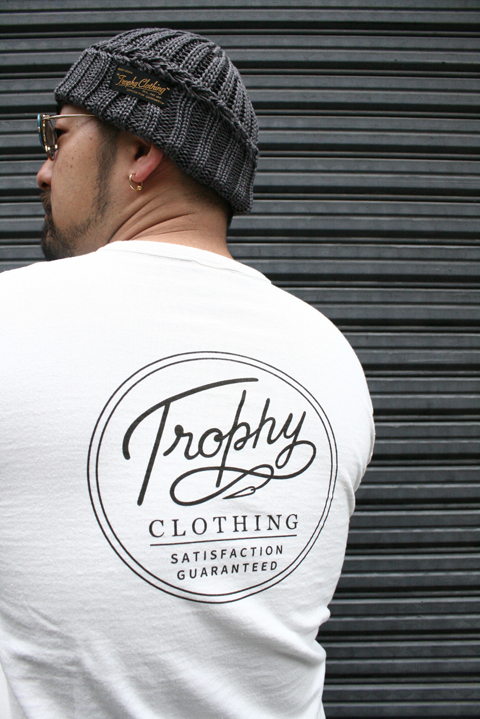 TROPHY CLOTHING/トロフィークロージング  「Circle Logo Pocket Tee」  プリントティーシャツ