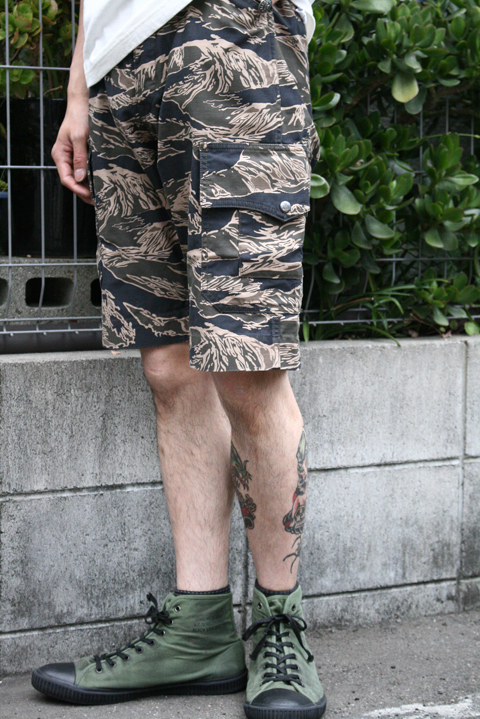 TROPHY CLOTHING/トロフィークロージング  「Tigerstripe Fatigue Shorts」  タイガーカモショーツ