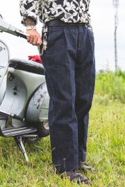 TROPHY CLOTHING × AMERICAN WANNABE  「 Dirt Denim Slacks」  ダートデニムスラックス