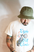 TROPHY CLOTHING/トロフィークロージング  「Trophy Hill Climber Crew Tee」  プリントティーシャツ