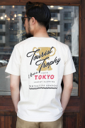 TROPHY CLOTHING/トロフィークロージング  「Tourist Trophy OD Crew Tee」  プリントTシャツ