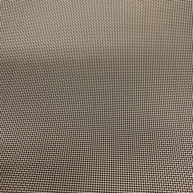 PEEKメッシュ   目開き:800μ メッシュ:20 糸径:400μ サイズ:2600mm×1m