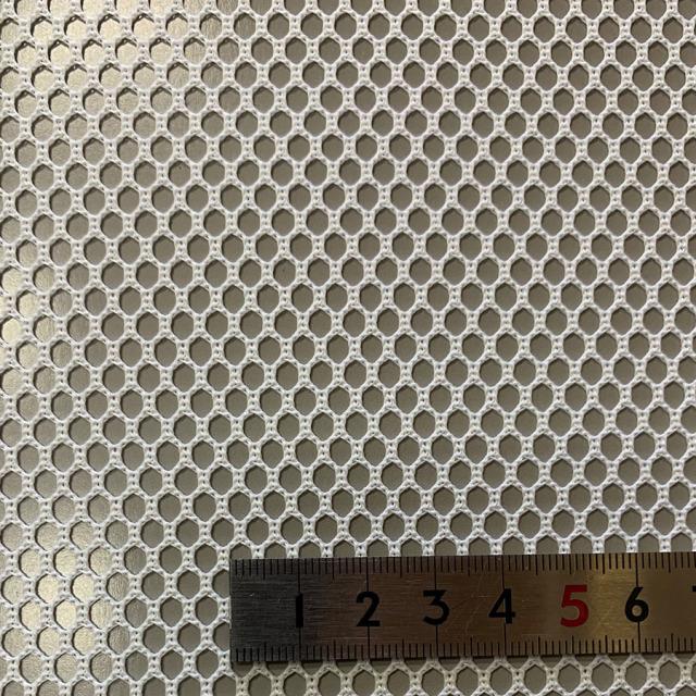 スペーサーネット ポリエステル 耐熱150℃ 耐酸性 丸目 #222 目開き:3mm 糸径:1.7mm 厚み:1mm サイズ:1500mm×1m