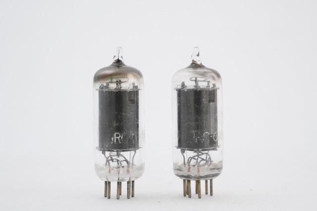 6AU6(EF94 6*4n 6136) RCA 2本1組