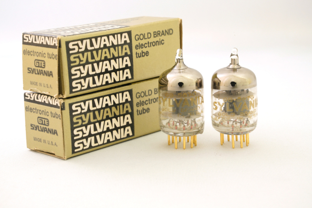 5670 SYLVANIA GOLD 2本1組