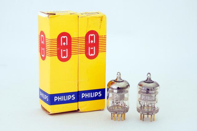 E180F PHILIPS 2本1組