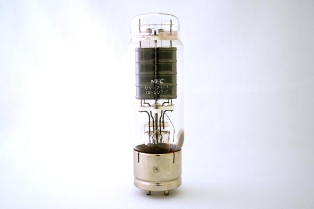UV-211A NEC 1本