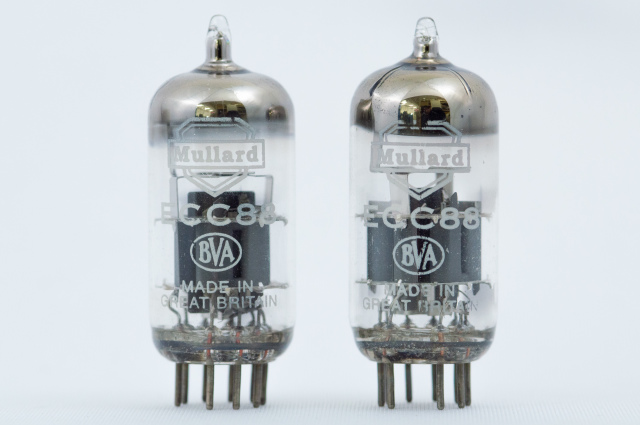 ECC88 Mullard 2本1組