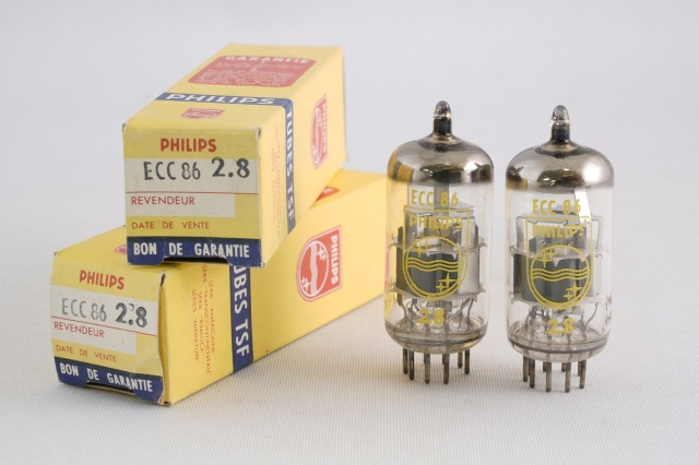 ECC86 PHILIPS 2本1組