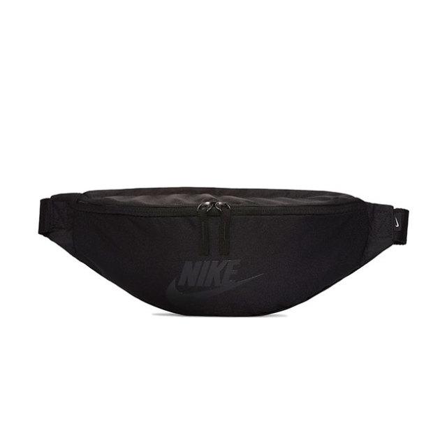 ナイキ(NIKE) ユニセックス スポーツウエア ヘリテージ ヒップパック BA5750-018ブラック×ブラック×ブラック(19y10mランニング)