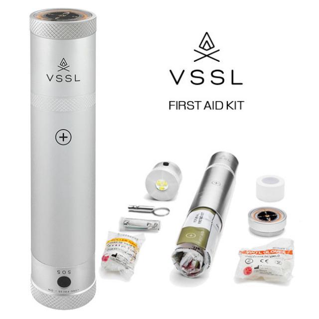 【ライト付き応急手当用品セット】 ベッセル(VSSL) ファーストエイド アウトドア LEDライト・コンパス/応急手当用品セット FIRST AID(18y12m)
