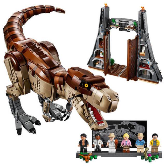 レゴ(LEGO) Jurassic World ジュラシック・パーク T-レックスが大暴れ 75936(21y2m)