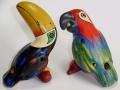 フェアトレードの動物オカリナちょっと大きめオオハシ&コンゴウインコ