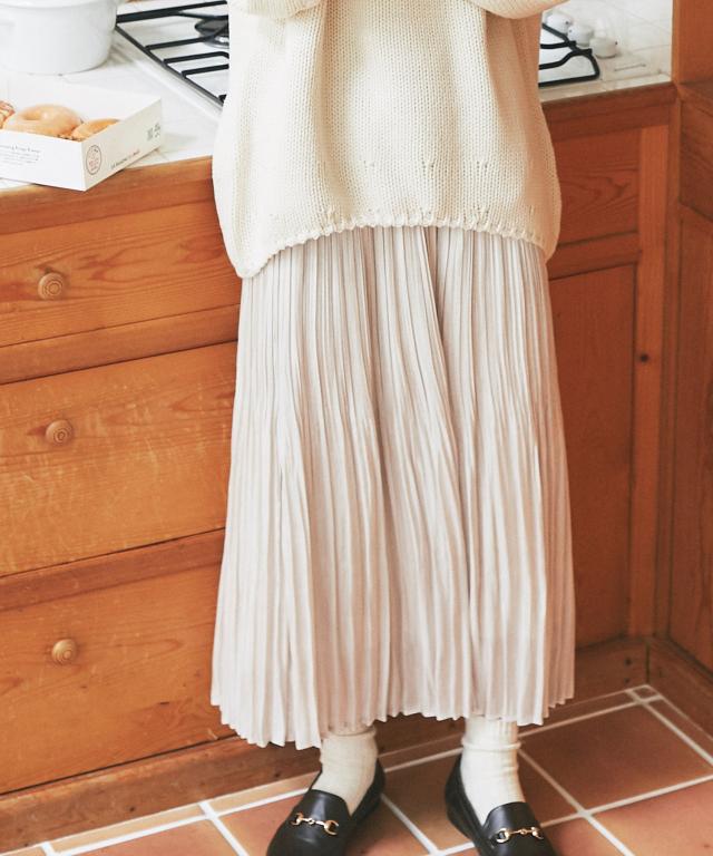 《kazumiさん着用》 シャイニーサテンプリーツスカート73-150652
