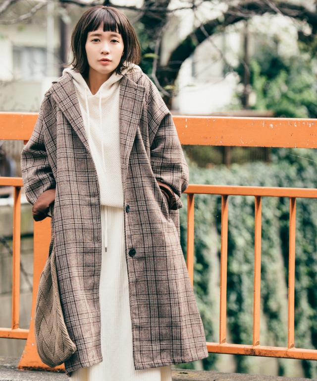 《12月15日再販決定》《柴田紗希さん着用》チェック柄ドロップショルダーコート 73-133853