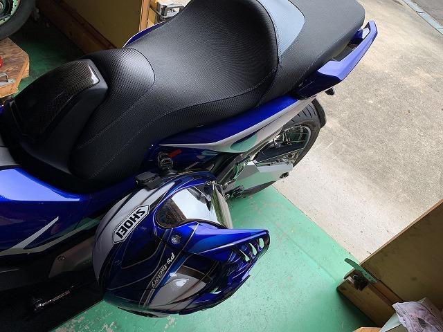 【X-ADV】【あ、便利】チョイ掛けヘルメットフック