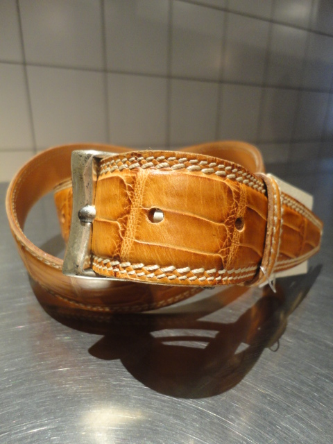 [フェリージ] FELISI クロコ型押しベルト(牛革) 34mm