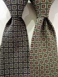 ドレイクス (Drake's) 【新作】 「Diamond Print Silk Tie」 小紋柄プリントシルクタイ 【NAVY、GREEN】