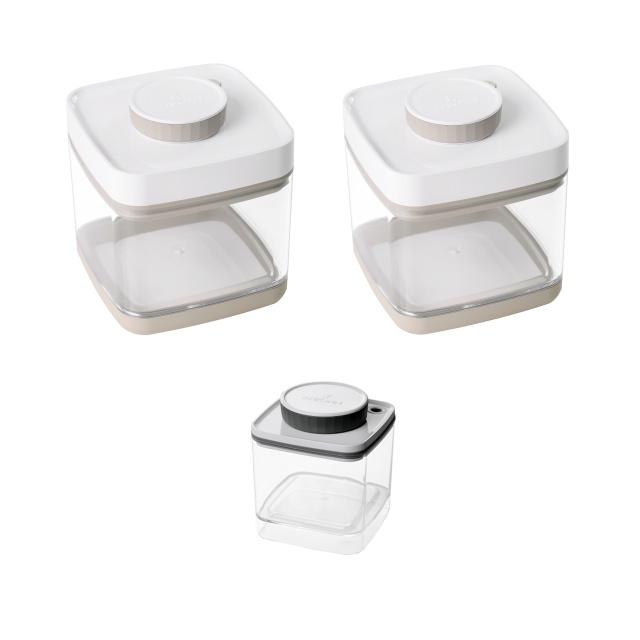 真空保存容器セビア1.5L×2個と真空保存容器ターンシール0.6L×1個