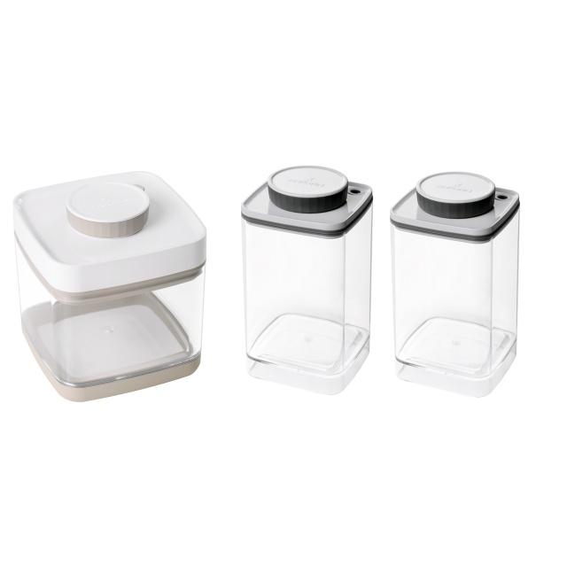 真空保存容器セビア1.5L×2個と真空保存容器ターンシール1.2L×1個