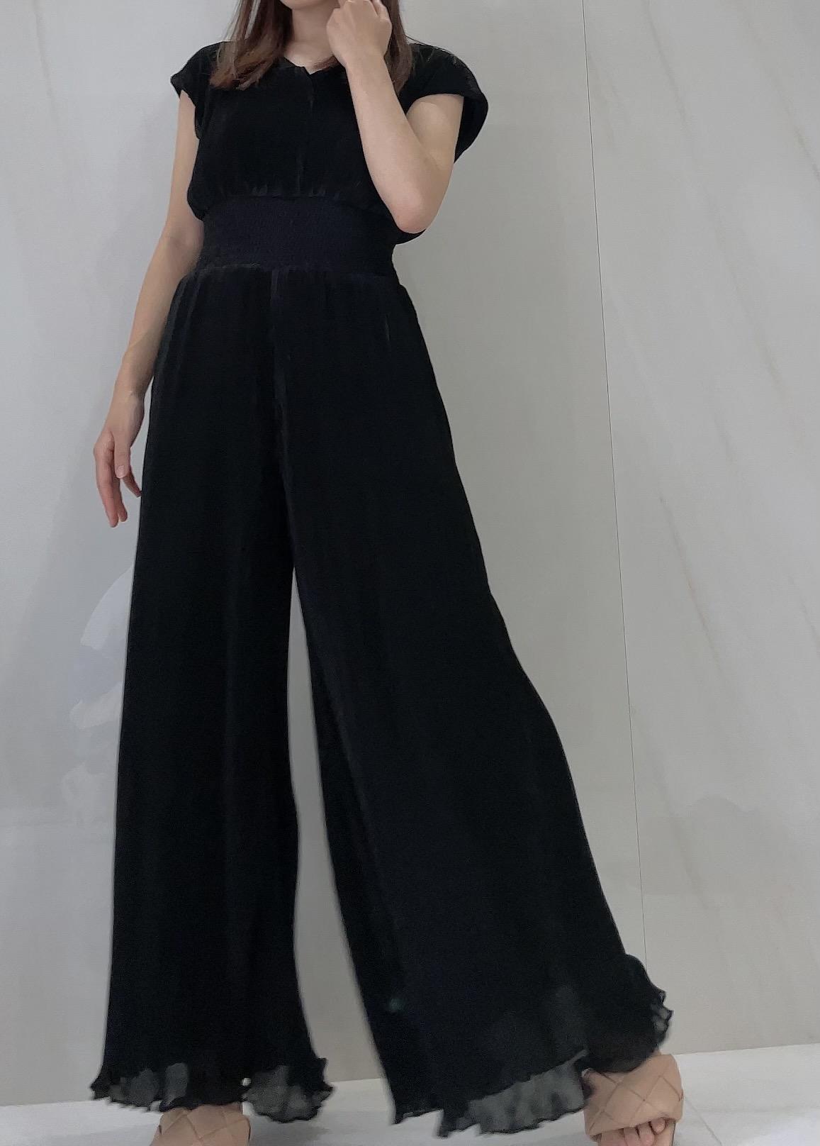 【selva secreta】Pleats ALL IN ONE(black)