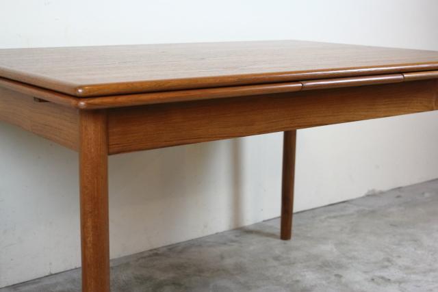 デンマーク ヴィンテージ エクステンションダイニングテーブル チーク