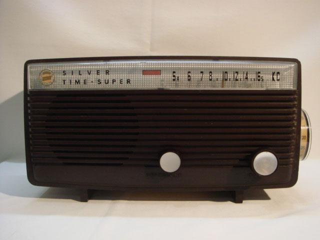 シルバーラジオ 真空管ラジオ・ラヂオ 動作確認済み 【AJ1118】
