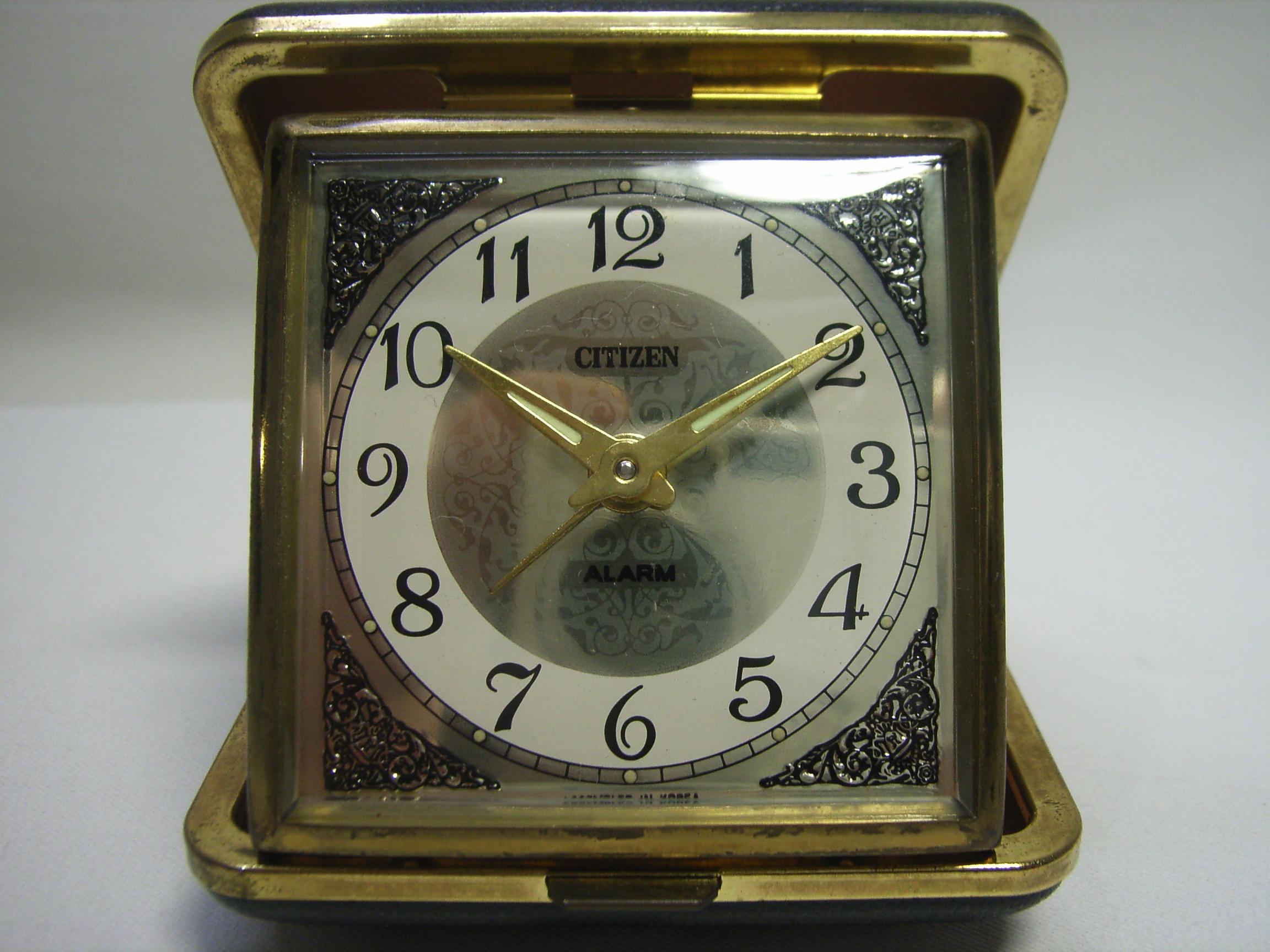 シチズン トラベルアラーム時計 手巻き 黒 動作確認済み 現状 【AJ1123】