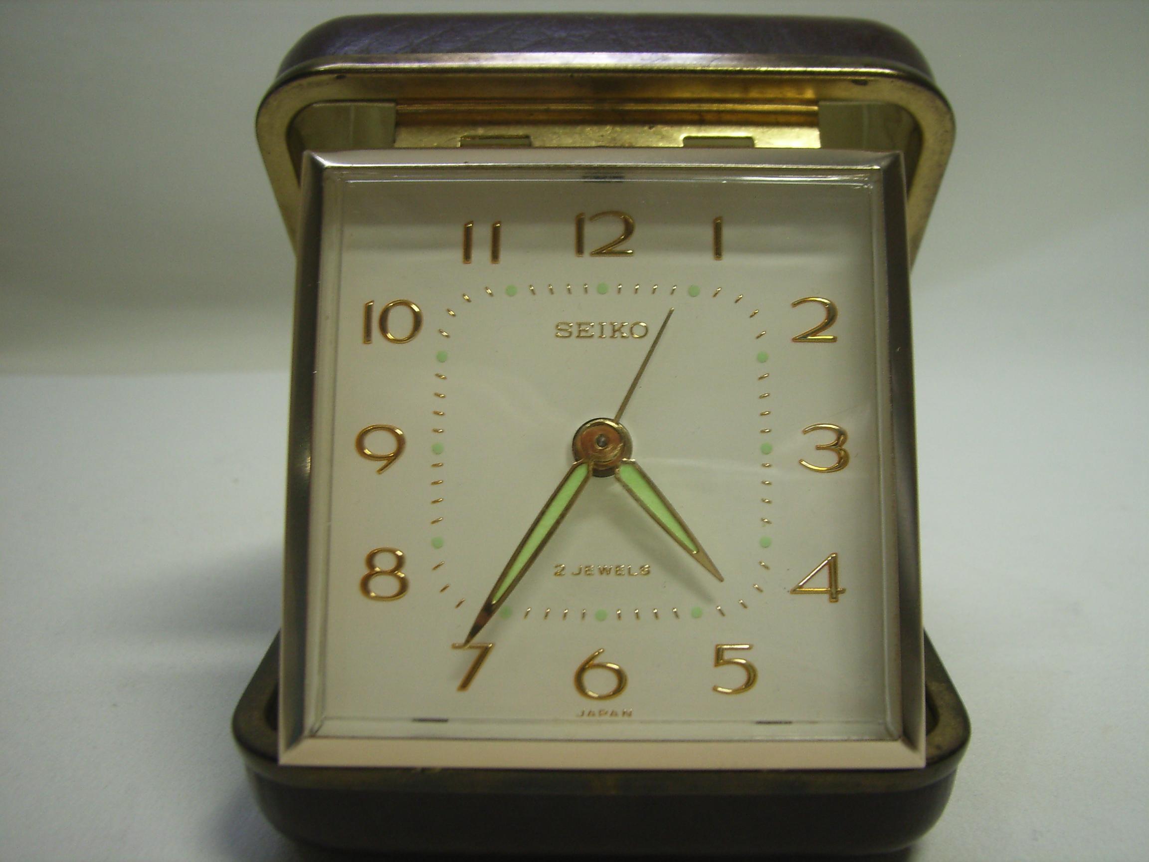 セイコー トラベルアラーム時計 手巻き こげ茶色 動作確認済み 現状 【AJ1125】