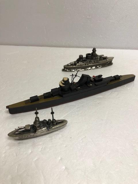 大型☆昭和12年当時☆江崎グリコ 軍艦模型 巡洋艦 熊野 木製 長さ 25.0cm 45g 当時物 おまけ 現状 【AT480】