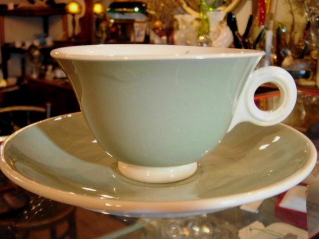 アンティーク フランス製 DIGOIN エメラルドグリーン 陶器製カップ&ソーサー【AW0013】