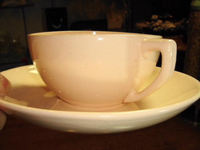 フランス アンティーク DIGOIN ピンク陶器製 カップ&ソーサー 【AW0017】