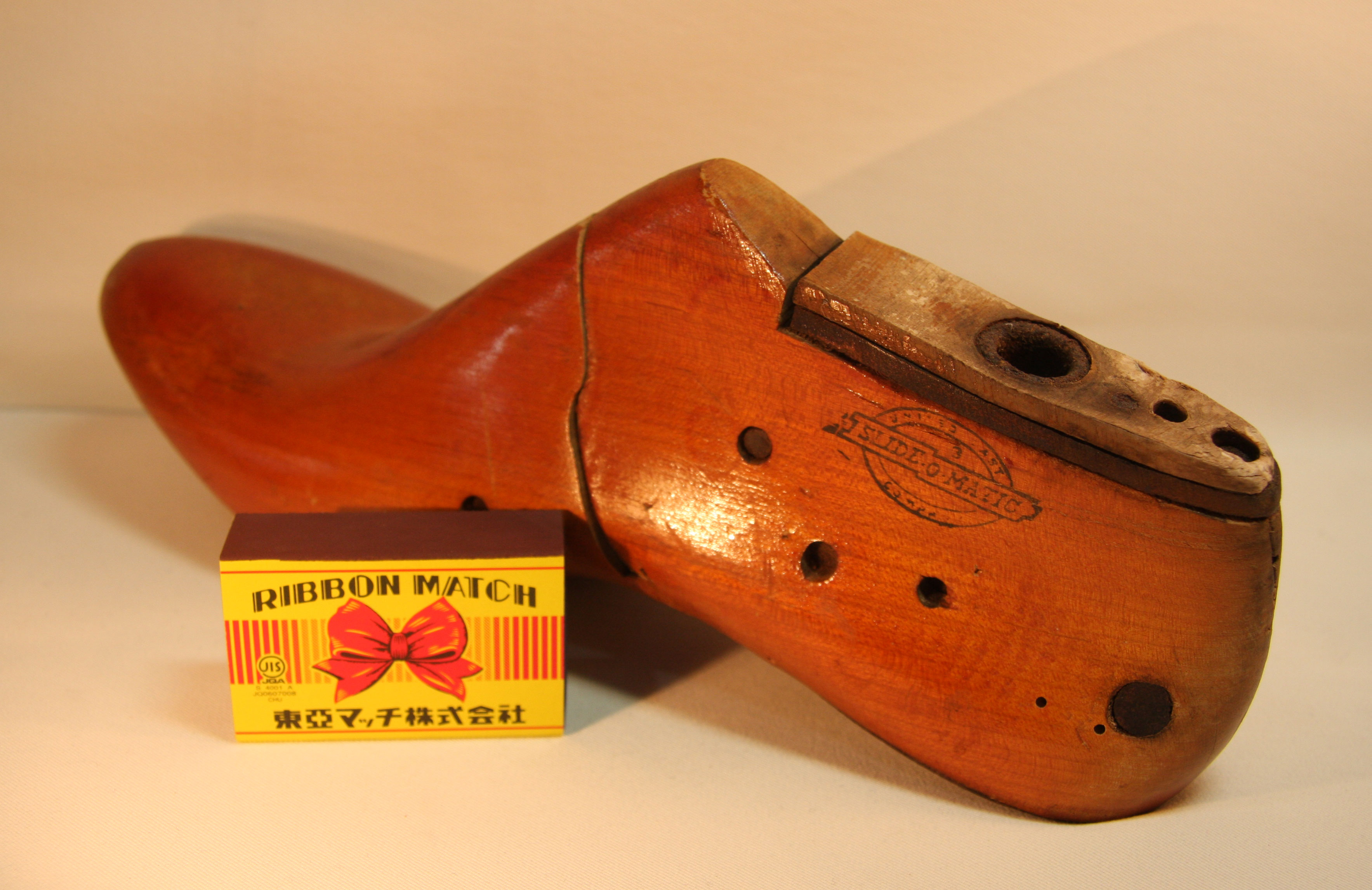 アメリカ アンティーク 木製 婦人靴型 片足 サイズ77A 【AW1028】