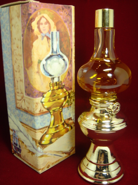 ヴィンテージ AVON オイルランプの形 パフューム・コロンボトル・香水ビン 【AW1145】
