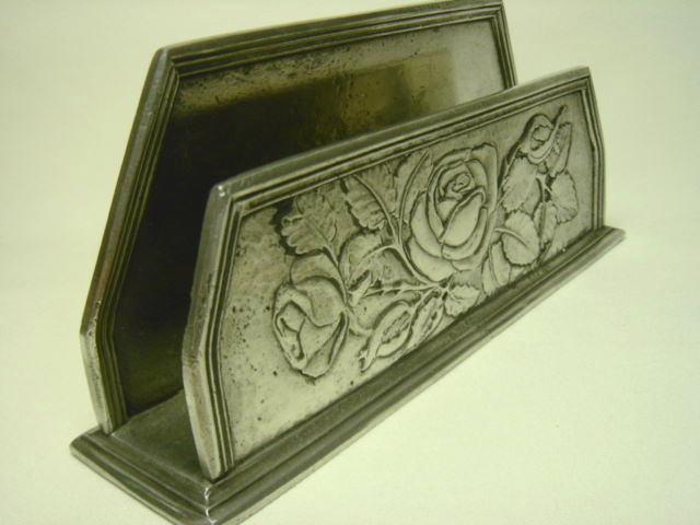 イタリア ピューター製 銀色ローズ・薔薇のレタースタンド 現代 【NW0056】