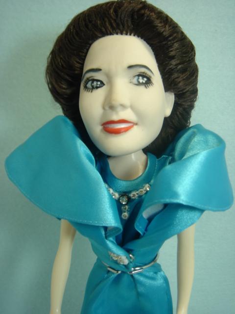 フマキラー デビ・スカルノ夫人 ソフビ人形 32.0cm 当時物 企業物 非売品 現状 【TO0762】