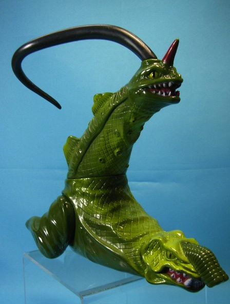 怪獣☆ソフビ人形 長さ 22.5cm 版権有 1990 円谷プロ 現状 【TO1557】