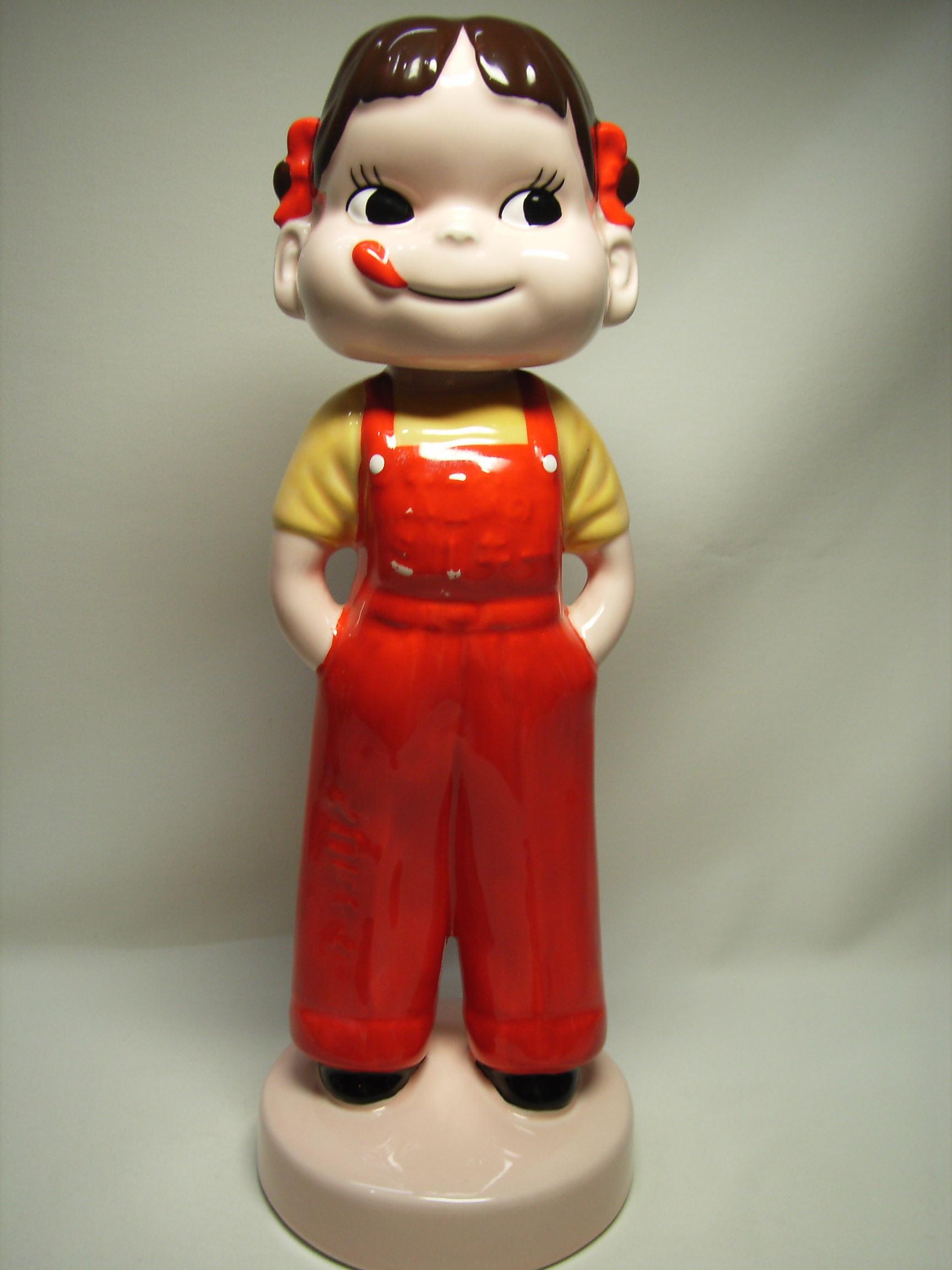 不二家☆首ふりペコちゃん☆陶器製☆人形 高さ 31.3cm 企業物 非売品 現状 【TO2492】