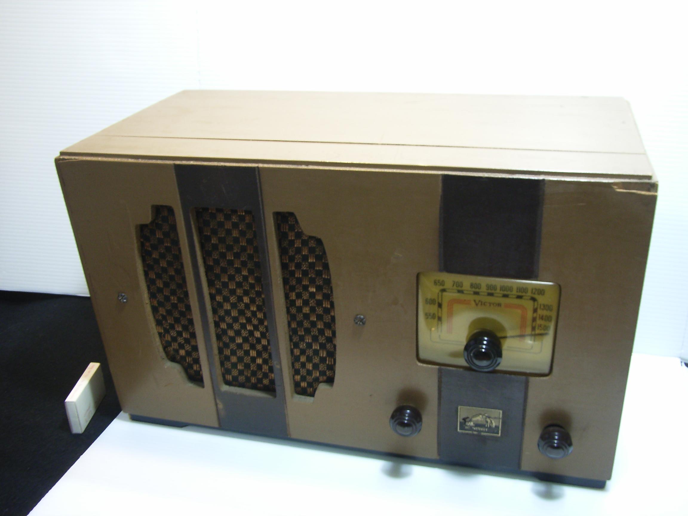 ビクター 真空管ラジオ 木製 横幅41.5cm JAPAN 動作確認済み 現状 【TO2837】